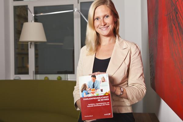 Anna Mertinz mit der Neuerscheinung