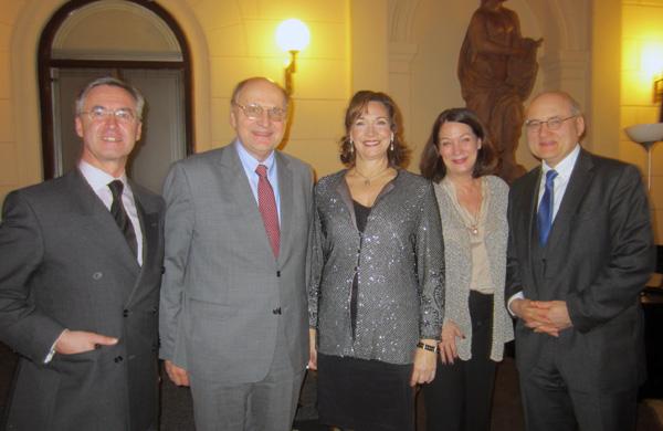Mag. Ivo Deskovic, Prof. Dr. Christoph Badelt, Andrea Huber, Kathryn List und Dr. Stefan Eder